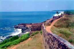 http://www.kidswebindia.com/kerala/bekal-beach.jpg